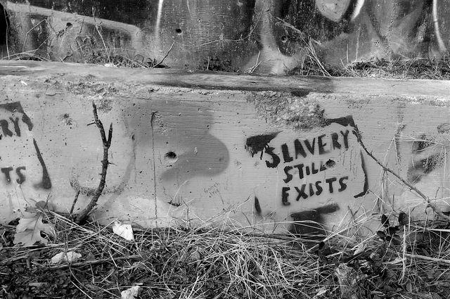 Slavery+graffiti_mid